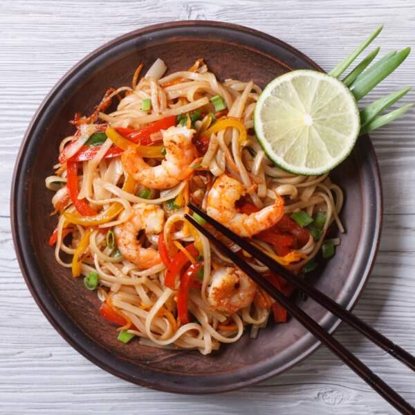Nouilles de riz aux légumes et crevettes
