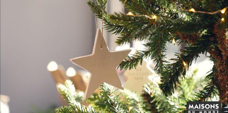 Déco de Noël facile et rapide: des étoiles à suspendre