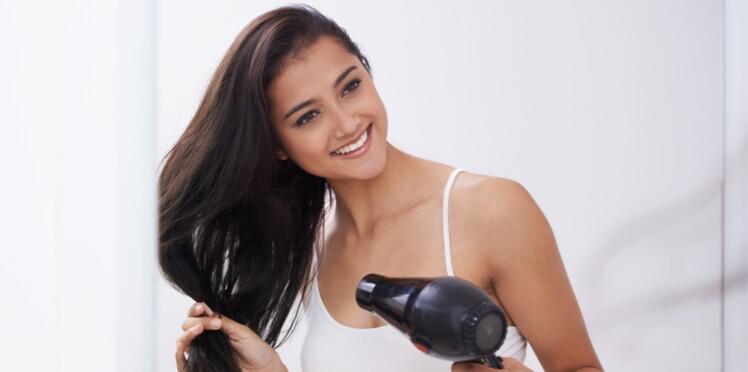 Cheveux : l'astuce ultra facile pour les rebooster