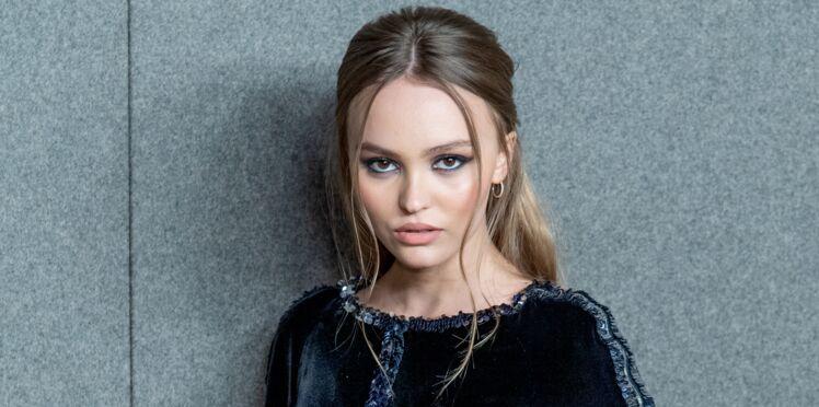 Lily-Rose Depp divine dans un look fleuri et seventies ultra-tendance