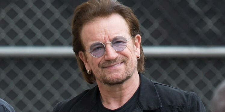 Vidéo - Johnny Hallyday : Bono se recueille (et se filme) sur sa tombe à Saint-Barthélemy
