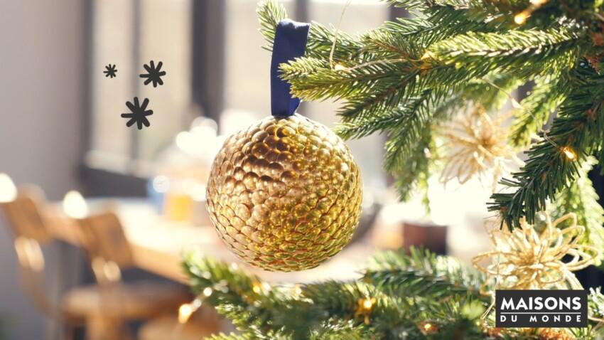 Sapin original : des boules dorées faciles à faire