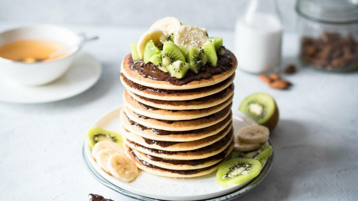 Pancakes au lait d'amande et pâte à tartiner croustillante Gavottes