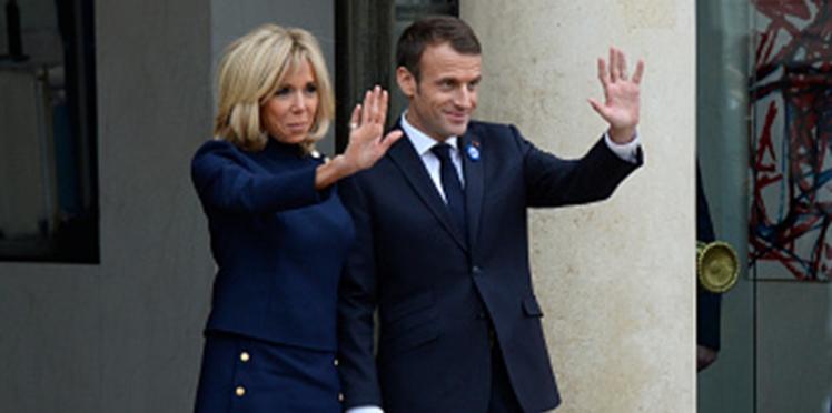 Où sont passés Emmanuel et Brigitte Macron ? Le couple présidentiel s'éclipse pour les vacances de Noël
