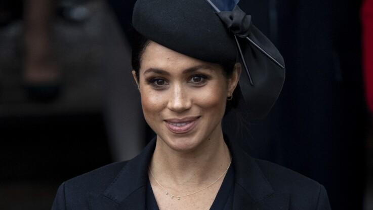 """Meghan Markle enceinte : la duchesse """"accro au travail"""", son personnel la supplie de ralentir pour protéger le bébé"""