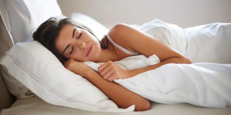 Les Français ne dorment pas assez : quels sont les risques d'un manque de sommeil ?