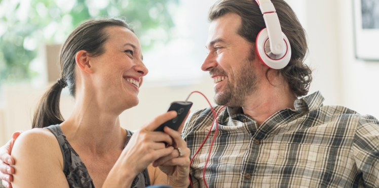 Education positive : 5 podcasts pour les parents