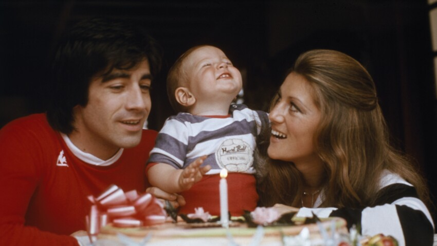 """Sheila évoque la mort de son fils Ludovic et sa colère noire contre Ringo : """"Je le giflerai"""""""