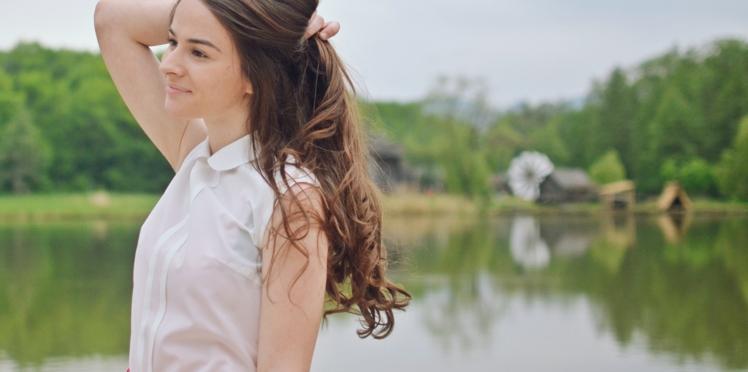 Incroyable, cette adolescente a la chevelure la plus longue du monde