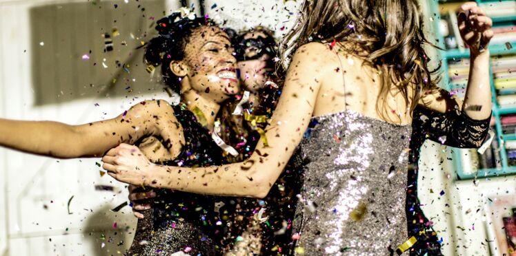 Nouvel An : pourquoi on opte pour un look de soirée étincelant ? La réponse ici !