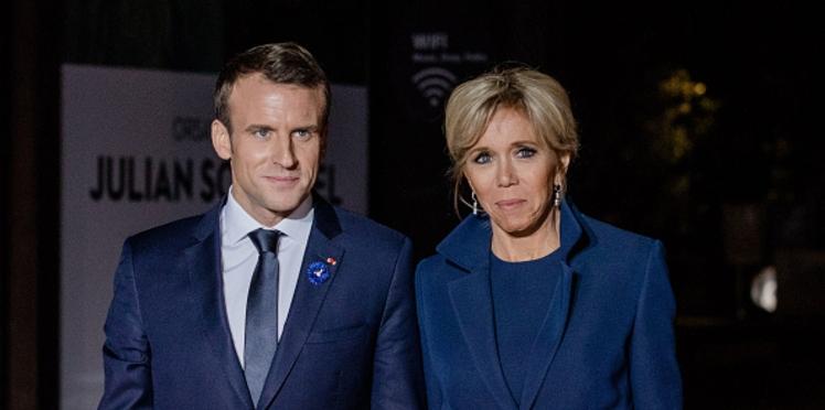 Emmanuel et Brigitte Macron : l'objet surprenant bientôt mis en vente par la boutique de l'Elysée