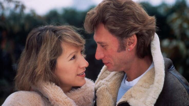 """Johnny Hallyday et Nathalie Baye : retour sur une histoire d'amour """"intense et sincère"""""""