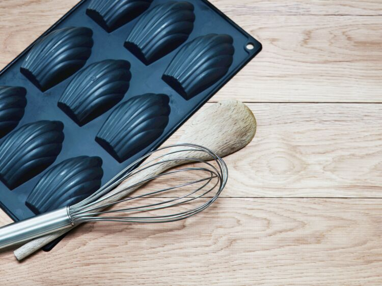 60 millions de consommateurs alerte sur la toxicité des moules à gâteaux