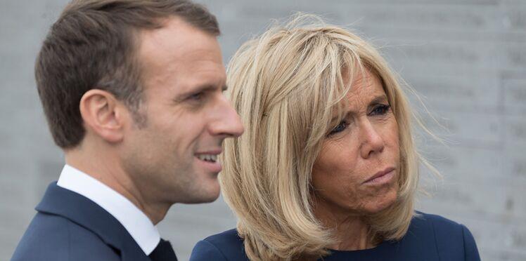 Emmanuel et Brigitte Macron en visite à l'hôpital : les internautes choqués après la diffusion d'une photo