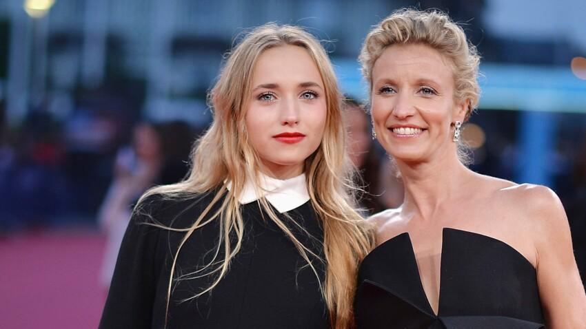 """Alexandra Lamy """"fière"""" de sa fille : son joli message à Chloé Jouannet"""