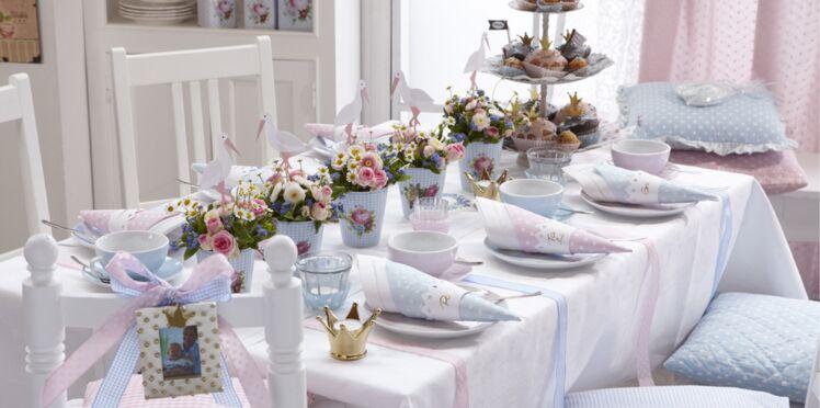 DIY facile et pas cher : un centre de table avec des cigognes pour un baptême