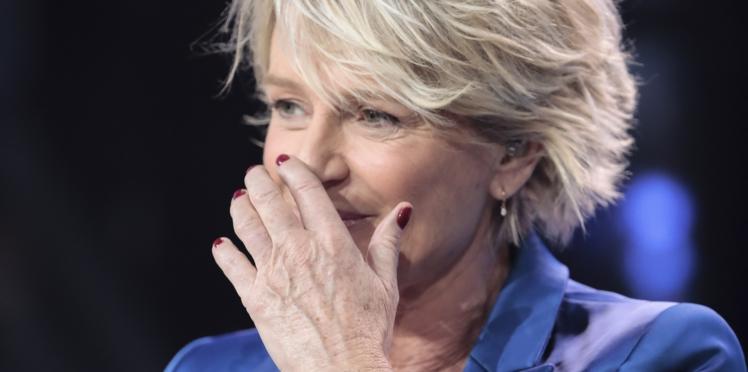 """""""Affaire conclue"""" : Sophie Davant critique le pantalon d'une candidate en pleine émission"""