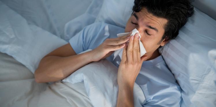 Pourquoi les hommes se plaignent-ils plus que les femmes quand ils sont malades ? L'avis de la science