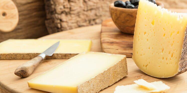 Pourquoi il ne faut pas boire de vin rouge avec du fromage ?