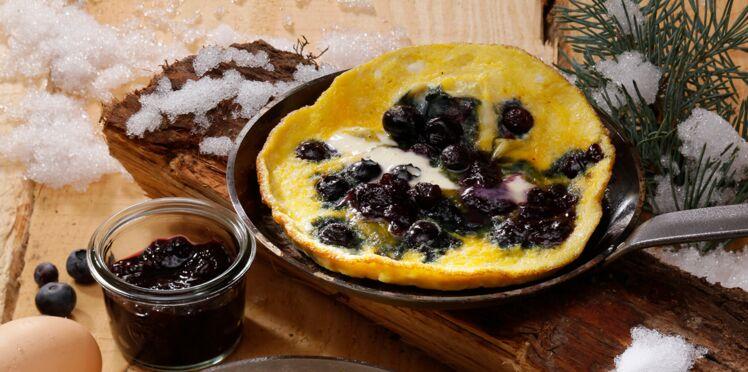 Omelette aux myrtilles