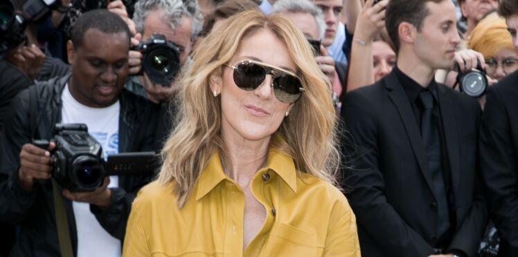Céline Dion prête au décollage dans un look original mais chic en mini-jupe et bottes hautes