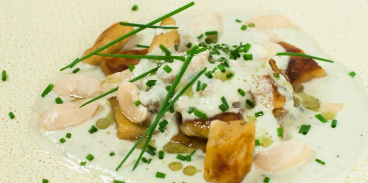 Gnocchis de haricots tarbais & crème de roquefort
