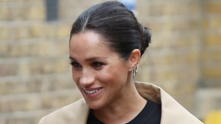PHOTOS - Meghan Markle : l'incroyable ressemblance de son look flashy totalement inspiré de celui de Lady Diana