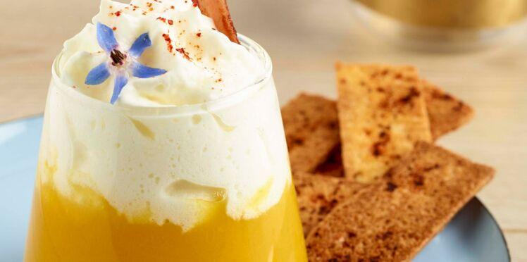 Potage en verrine à la crème de chaource AOP