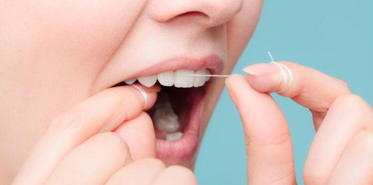 Hygiène bucco-dentaire : voici pourquoi il faudrait arrêter d'utiliser du fil dentaire