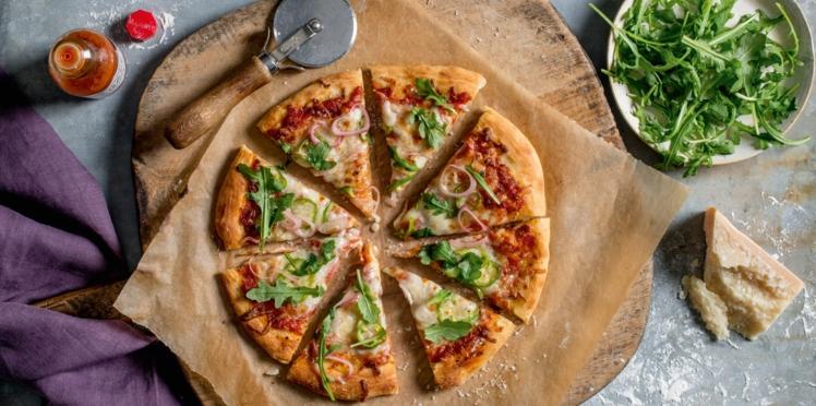 Pizza à la sauce au miel épicée et Tabasco®