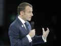 """Emmanuel Macron : """"Il y en a qui déconnent"""", la petite phrase sur les personnes """"en difficulté"""" qui fait polémique"""