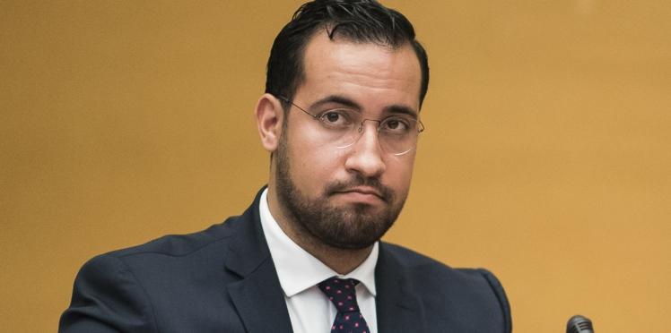 """Alexandre Benalla reconnaît avoir fait """"des erreurs""""... Mais refuse de répondre aux sénateurs"""