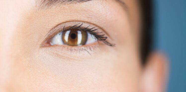 Clairsemés, asymétriques... Comment corriger ses sourcils ?