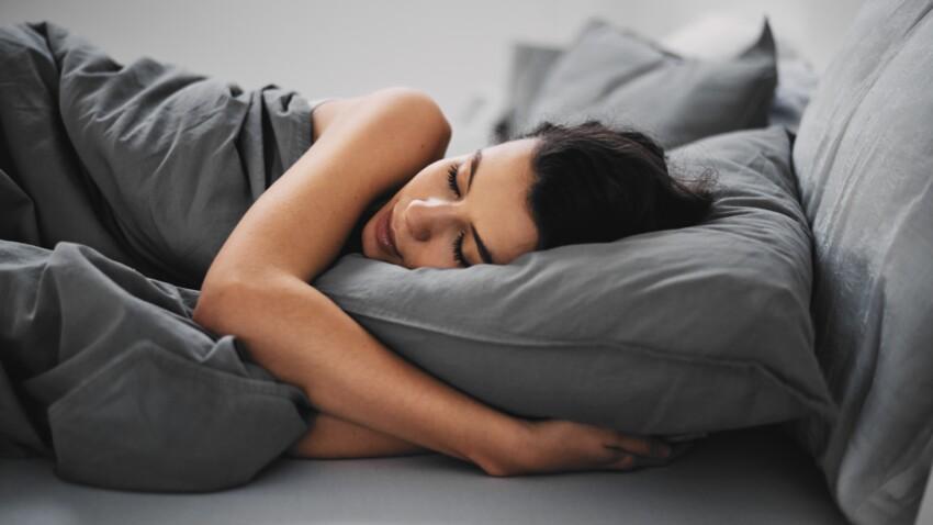 Et si pour bien dormir, les adultes avaient, eux aussi, besoin d'être bercés ?