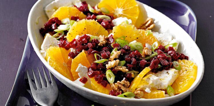 Salade fruitée de feta à l'orange et à la betterave