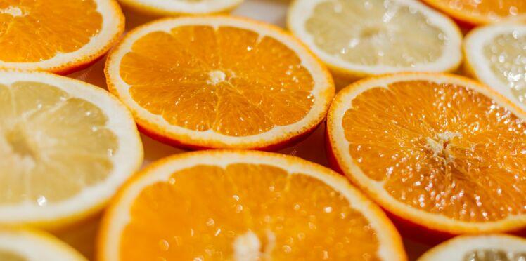 Ne jetez plus vos peaux d'orange et de citron, découvrez leurs usages ménage, santé, beauté, cuisine…