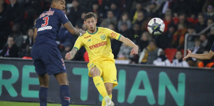 Disparition d'Emiliano Sala : l'épave de l'avion qui transportait le footballeur retrouvée