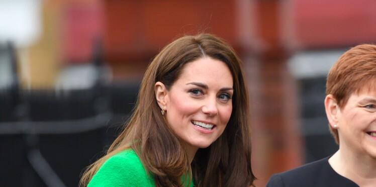 Kate Middleton ose le vert flashy et fait une jolie déclaration d'amour à sa famille