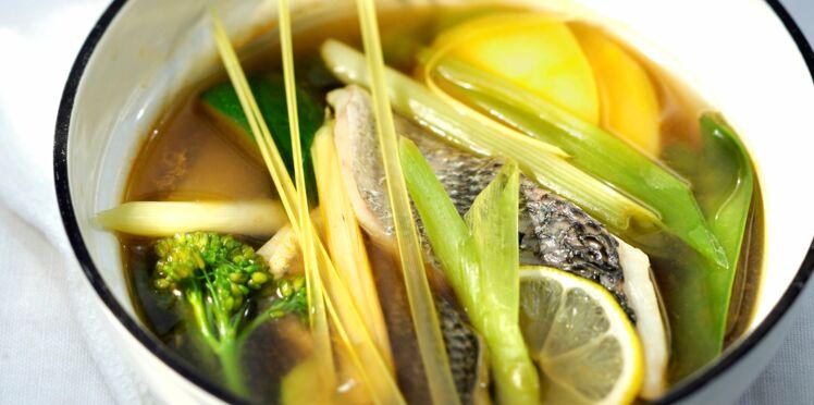 Daurade au bouillon façon thaïe