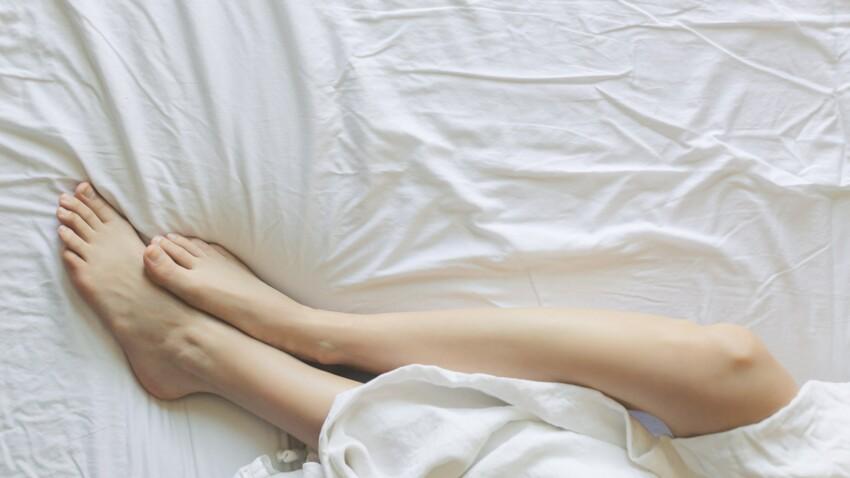 Syndrome des jambes sans repos : les symptômes à reconnaître et les traitements les plus efficaces