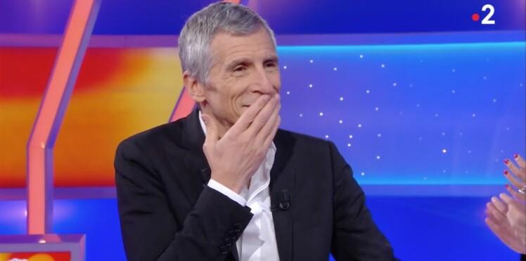 Tout le monde veut prendre sa place : Nagui ébahi par une candidate qui a perdu... un sein en boîte de nuit