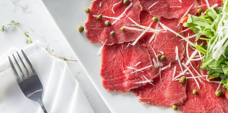 Intoxications alimentaires : un expert révèle les aliments qu'il ne consomme plus