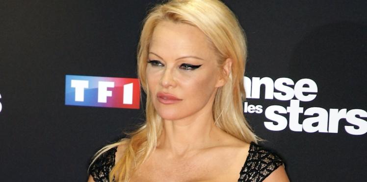 Photos - Pamela Anderson partage un cliché d'elle complètement nue