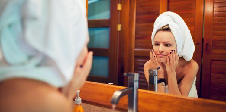 Nettoyage de visage en 60 secondes : la nouvelle tendance Instagram décryptée par une pro