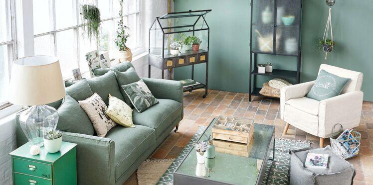 Salon contemporain en vert : comment adopter cette tendance