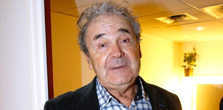 """Pierre Perret, triste et ému, avoue ne plus voir ses petits-enfants : """"Vous ne pouvez pas les forcer"""""""