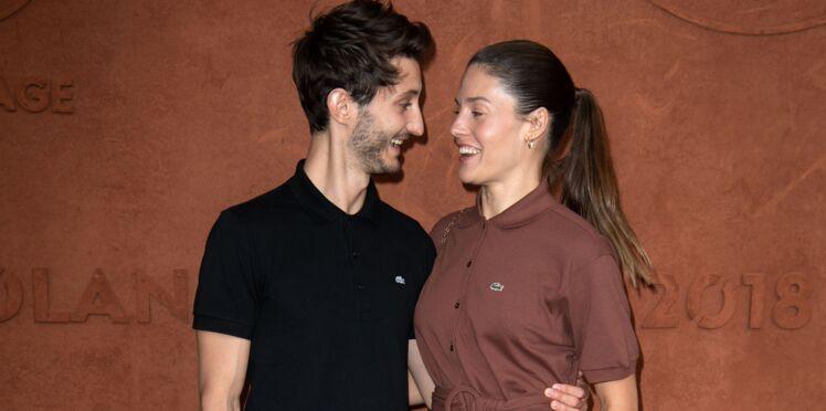 Photo - Pierre Niney, en couple avec Natasha Andrews, va être papa pour la deuxième fois