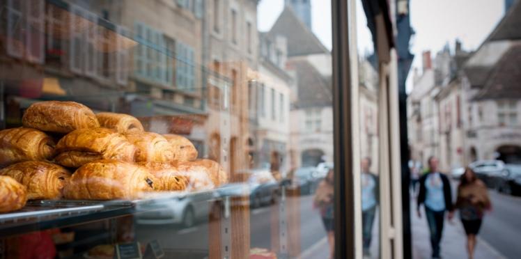 Gilets jaunes : un boulanger refuse de servir un policier… et finit devant le juge