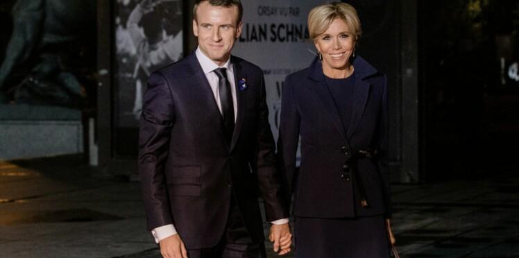 Brigitte Macron porte le parfum de son mari quand il n'est pas là, découvrez lequel