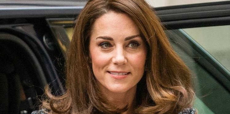 Photos - Kate Middleton décontractée pour une promenade avec le prince Louis